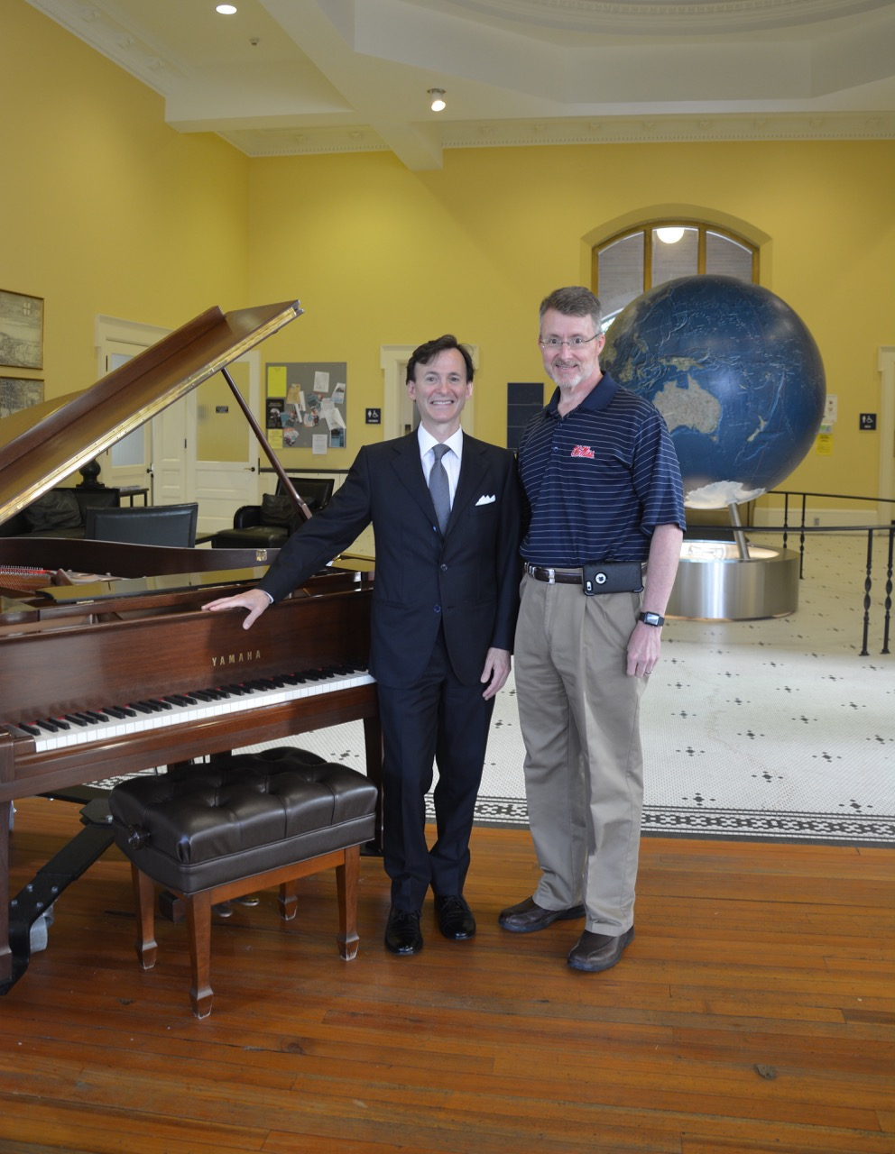 Pianist Bruce Levingston performed for the Ole Miss School of Pharmacy Faculty Retreat