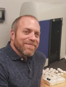School of Pharmacy graduate student Dennis Carty wins 2016 North American Graduate Fellowship from the American College of Toxicology
